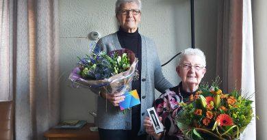 Twee jubilarissen voor Plattelandsvrouwen Nijensleek