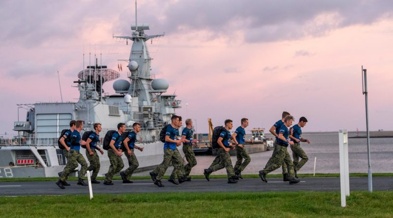 Mariniers verpulveren Wereldrecord Speedmars